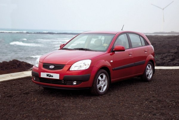 KIA Rio возглавил ТОП-10 самых продаваемых авто в Татарстане