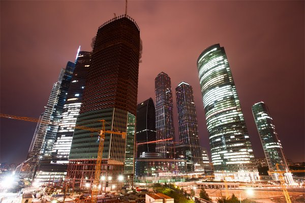 Площадка «Рен» станет местом проведения панельной дискуссии «Экономика мегаполиса будущего. На что делать ставку?»