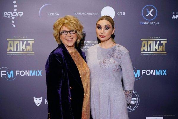 Лена Миро оскорбила дизайнера Яну Недзвецкую и назвала её «старухой»