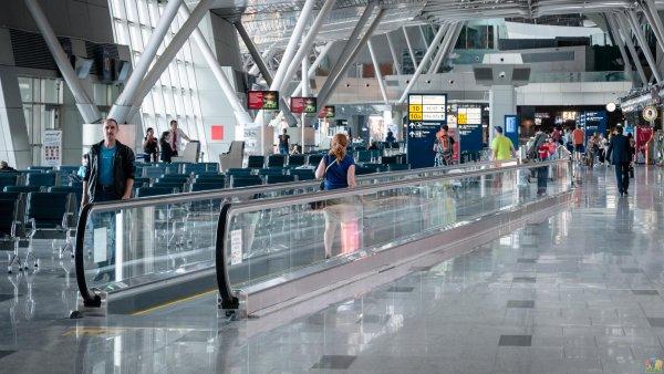 45 аэропортов в РФ назовут именами великих россиян