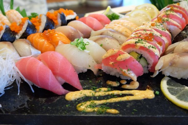 Ученые: Суши из свежей рыбы несут серьезную угрозу организму человека