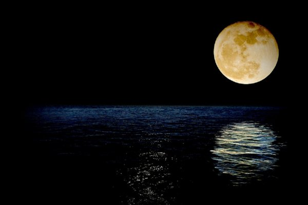 Китай отправит в космос искусственную Луну для освещения улиц