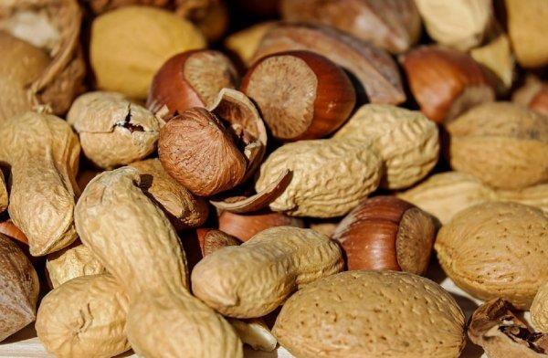 Врачи нашли способ спасения людей от смертельной аллергии на арахис