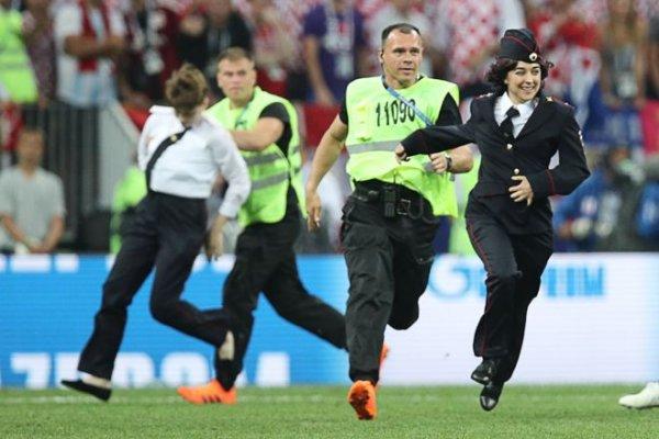 Pussy Riot обжаловали в ЕСПЧ арест на финальном матче Чемпионата мира