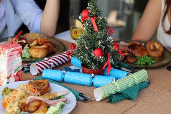 Диетологи дали советы по сохранению стройной фигуры в праздничные дни