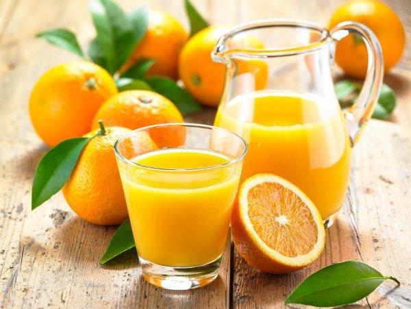 Ученые: Апельсиновый сок вредит здоровью и не помогает похудеть