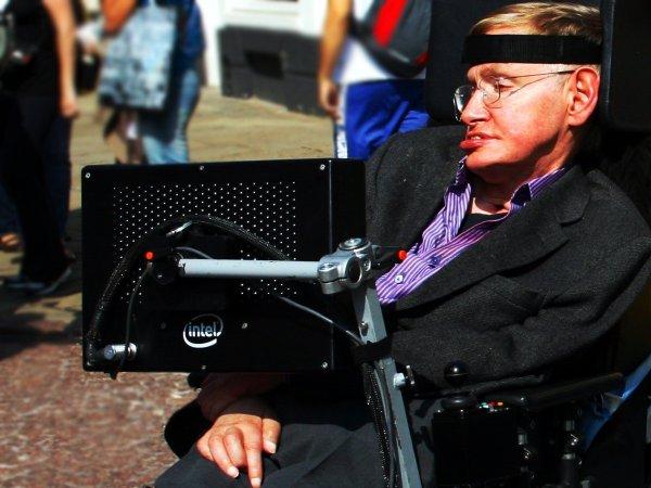 Стивен Хокинг спрогнозировал неизбежную смерть всего живого на Земле от Солнца