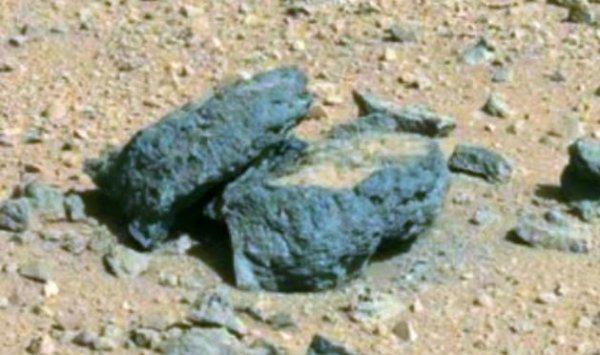 Уфолог нашел на новых снимках Марса каменный гроб