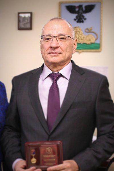 Мэр Белгорода попросил прощения у пенсионера за грубость