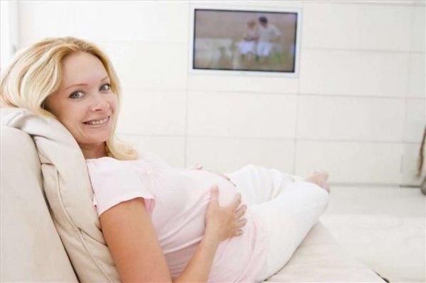 Султан моего сердца: Сексологи установили - мужья бросают беременных из-за сериала