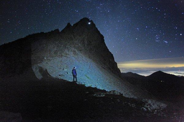Они уже рядом: над горой Адамс зафиксировали НЛО