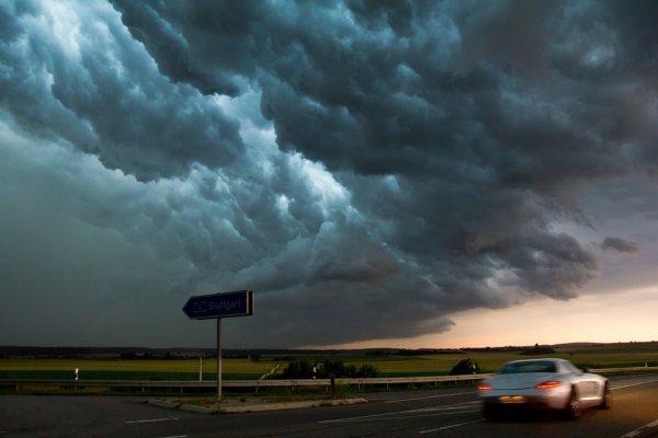 Ученые прогнозируют наступление пасхального конца света из-за Нибиру