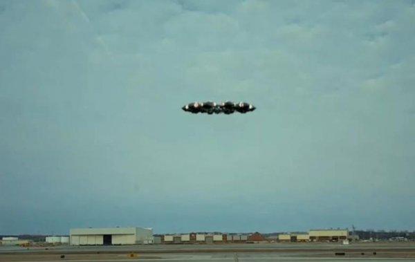 «Попросили политического убежища»: Десятки НЛО, замеченные в последние дни, могли искать спасения от Нибиру на Земле