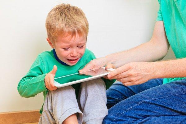 95% детей в опасности: Психологи рассказали об отклонениях ребёнка после соцсетей