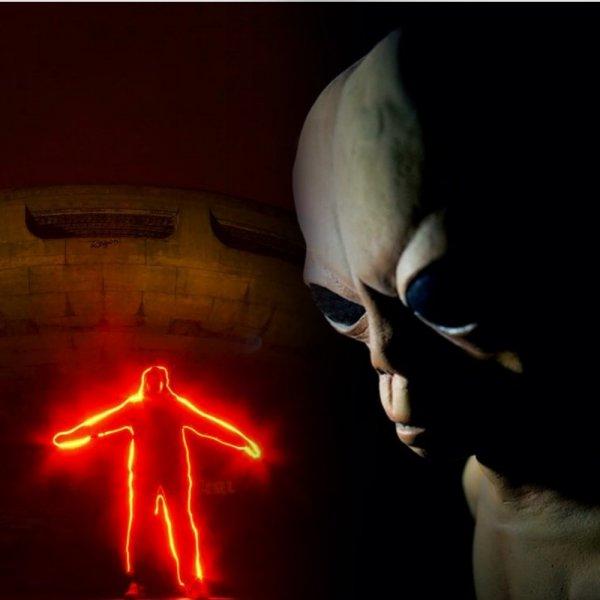 Зона 51 приняла пришельцев - Рой НЛО пролетел над секретной базой США