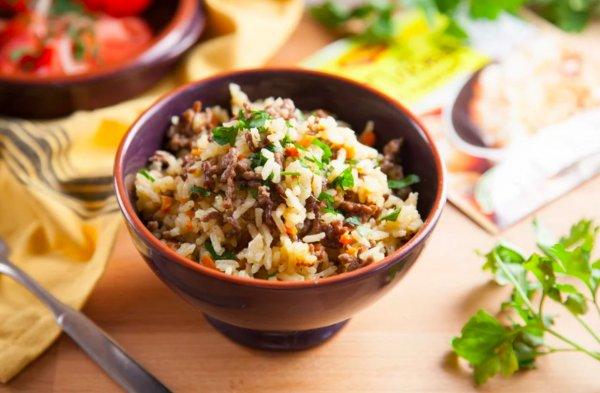 Вкуснее плова только плов! Рис с фаршем на сковороде по рецепту кулинара